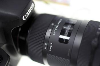 6 X7 Sigma30 F1.4.jpg